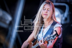 Lotte Walda_ MIDDEN LOGO-6